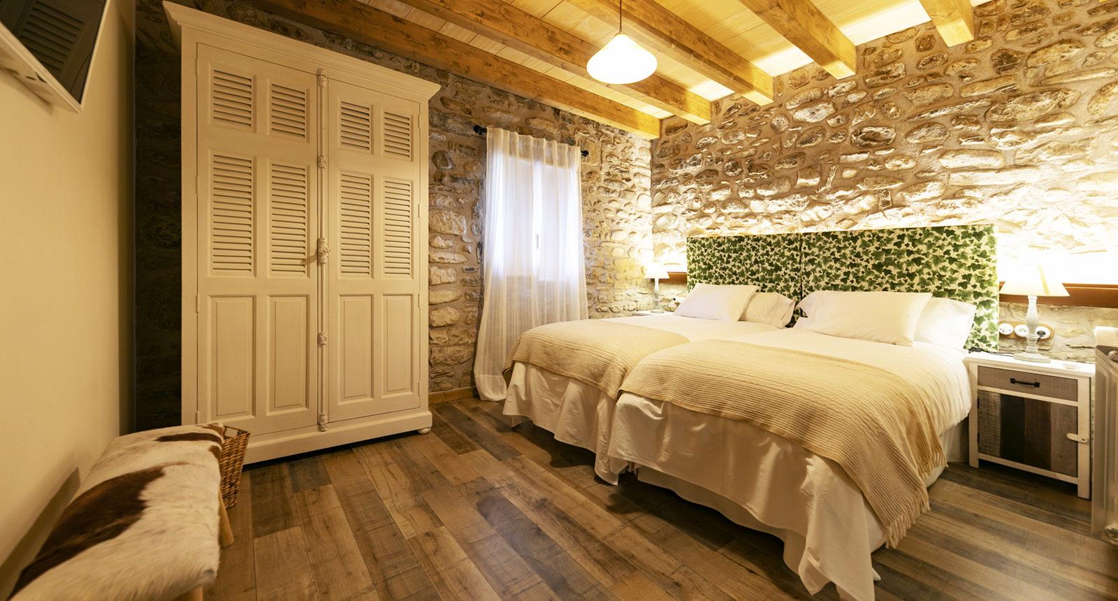 habitación doble con baño554