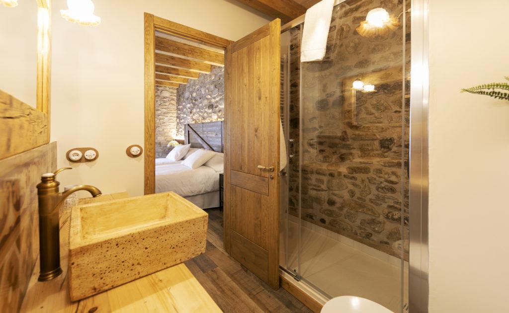 baño habitación doble Sport House Nord Sud en Vilallonga de Ter (1)